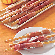 Prosciutto-Wrapped Breadsticks