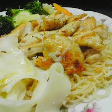 Angel Hair Pasta With Chicken and Garlic