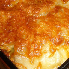Bacon and Swiss Scalloped Potatoes