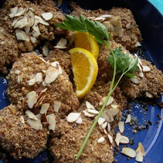 Almond-Crusted Catalan Chicken