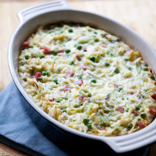 Creamy Baked Orzo with Ham, Peas and Leeks