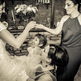 SofiaCamplioniCom-3396 by Sofia Camplioni - Wedding Getting Ready