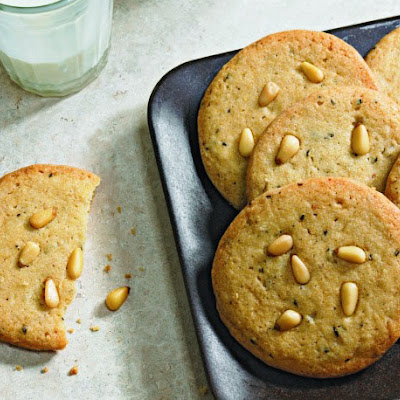 Fine Cooking's Rosemary and Pine Nut Cookies