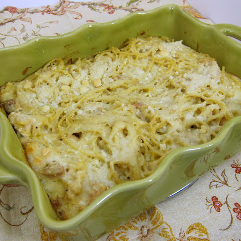 Cheesy Chicken Spaghetti Casserole