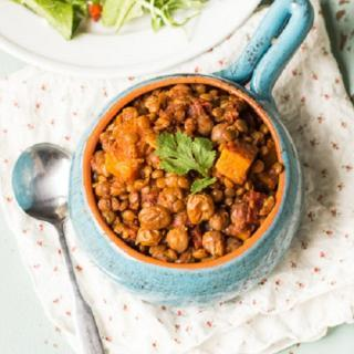 Slow Cooker Chickpea & Lentil Chili