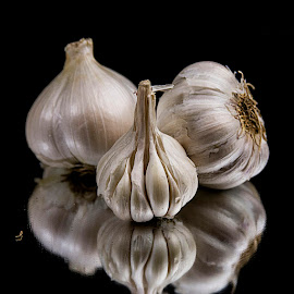 Garlic Galore by Rakesh Syal - Food & Drink Fruits & Vegetables