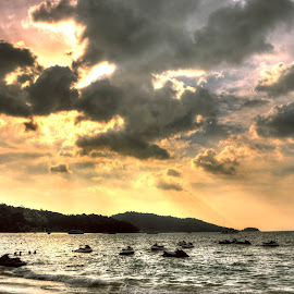 Mystic by Sutirtha Roy - Landscapes Beaches ( holiday, hdr, thailand, phuket, beach )
