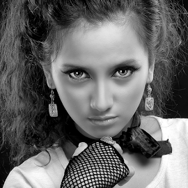 by Dhani Photomorphose - Black & White Portraits & People