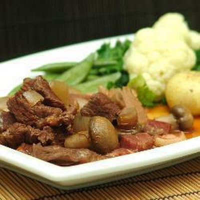 Boeuf Bourguignon in a Thermal Cooker