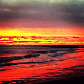 PAINTED SKY.PAINTED SEA. by Buddy Casimano - Instagram & Mobile Android ( POINTLOOKOUT, sunset, HEAVENONEARTH, abc7NY )