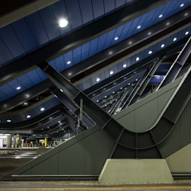 Reading Station by John Walton - Buildings & Architecture Other Exteriors ( reading, railway, station, heritagefocus )