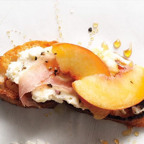 Crostini With Whipped Ricotta, Persimmon, And Prosciutto Recipes ...