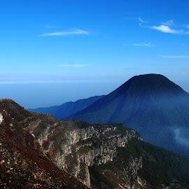 bibir kawah gunung GEDE by Kaka Katara - Landscapes Mountains & Hills