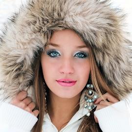 Jenna Winter 2013-2014 by Christi Davis-Gevara - People Portraits of Women ( model, winter, jenna tait, beautiful eyes, fur, blue eyes, beauty, portrait )