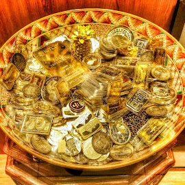 Gold by Max Samson - Instagram & Mobile Android ( veera, hdr, coins, gold, mobile )