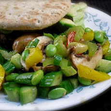 Fresh Edamame Vegetable Salad