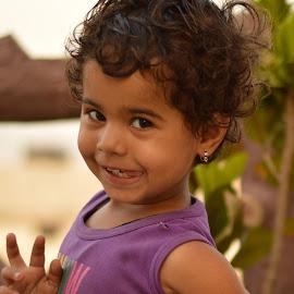dancing move  by Kapil Yadav - Babies & Children Child Portraits ( dancing, girl, beautiful, children, portrait,  )