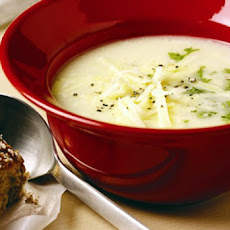 Wisconsin Cauliflower Cheese Soup
