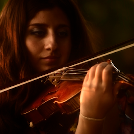 Sweet Melody by Emilio Cabida - People Musicians & Entertainers ( violin, madrid, sunset, retrato, violeta, emerad. )