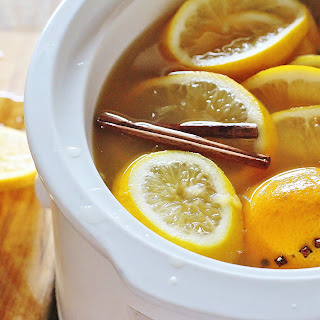 Slow Cooker Hot Mulled Apple Cider