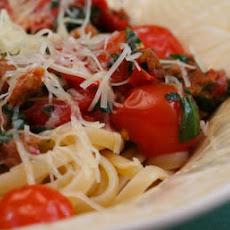 Salmon Pasta with Spicy Tomato Sauce Recipe | Yummly