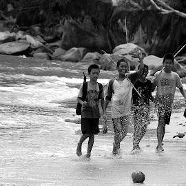 Gone Fishing by Ari Mariendra - People Street & Candids