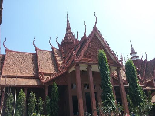 박물관지붕
