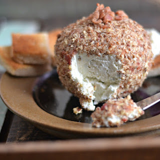 Bacon Horseradish Cheese Ball
