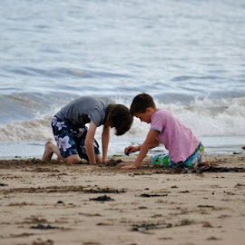 On the beach by Mark Butterworth - Babies & Children Children Candids