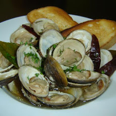 Steamed Clams With Thai Basil and Chiles