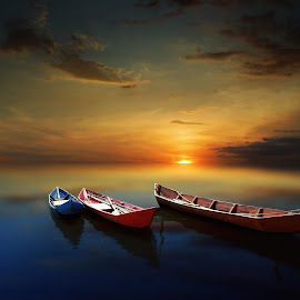 perahu kayu by Indra Prihantoro - Transportation Boats ( sunset, boat )