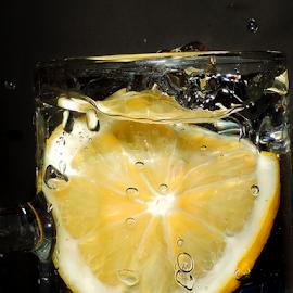lemon in the water by LADOCKi Elvira - Food & Drink Fruits & Vegetables ( lemon )