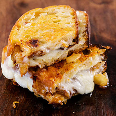 Cheryl's Grilled Cheese with Asian Pear