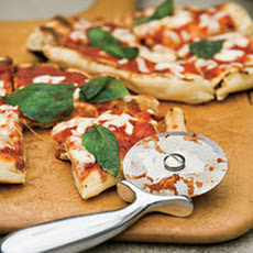 Grilled Pizza with No-Cook Tomato Sauce