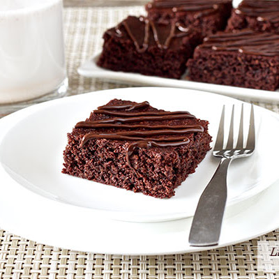 Chewy Fudgy Homemade Brownies (paleo, gluten-free)