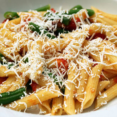 Penne and Green Beans with Burst Tomato-Tarragon Sauce