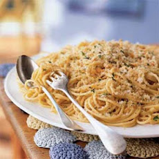 Spaghetti with Anchovies and Breadcrumbs