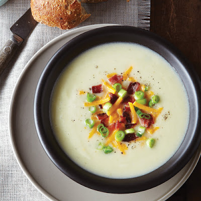 Creamy Cauliflower, Leek & Potato Soup