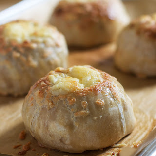 {Milk Bar Monday} Cheesy Caramelized Onion Volcanoes