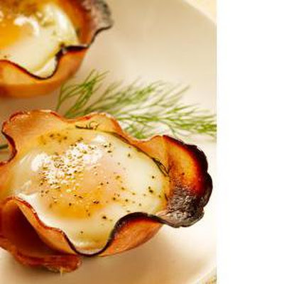 Eggs in Maple-​Ham Cups