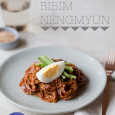 Bibim Nengmyun (Buckwheat Noodles Tossed with a Hot Pepper Sauce)