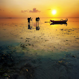 Sunrise Hunter by Denny Iswanto - Landscapes Sunsets & Sunrises