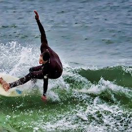 Surfer dude Hang'n Tough by Rick Danuser - Sports & Fitness Surfing