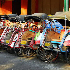 Java's Old Vehicles by Diadjeng Laraswati H - Transportation Other ( , land, device, transportation )