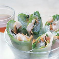 Vietnamese-Style Summer Rolls with Dipping Sauce