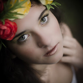 Miriam by Fernanda Magalhaes - People Portraits of Women ( beautiful, retrato, close up, portrait, flower,  )