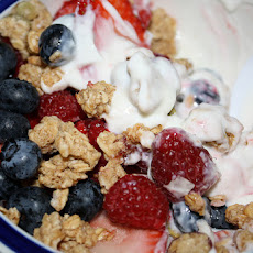 Healthy Yogurt and Fruit Breakfast