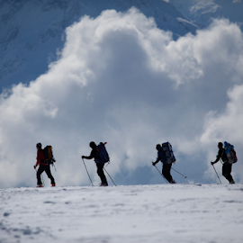 Ski-Touring in the Alps by Frank Tschöpe - Sports & Fitness Snow Sports