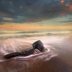 static whip by Ledon Jasper Samoranos - Landscapes Waterscapes
