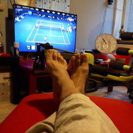 Relaxing watching tennis ON TV by Maurits Menick - Sports & Fitness Tennis